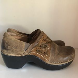 Ariat Shoes - Ariat Sz 8.5